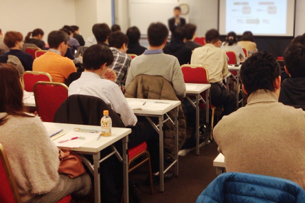 Webデザインのセミナー(講座)を受けるメリット1:プロの知識が学べる!